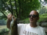 18 inch smallmouth caught on a shad crappie crank bait at the sckullkill river on Port Clinton ,PA.
